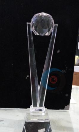 Trophy Crystal 22